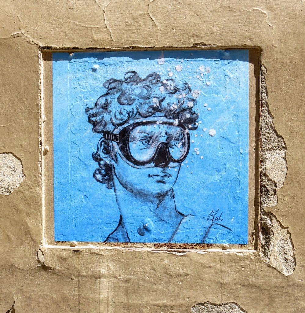 Kopf von Michelangelos David mit Tauerbrille